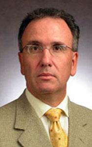 Prof. Olavo Pires de Camargo - Prof. Titular