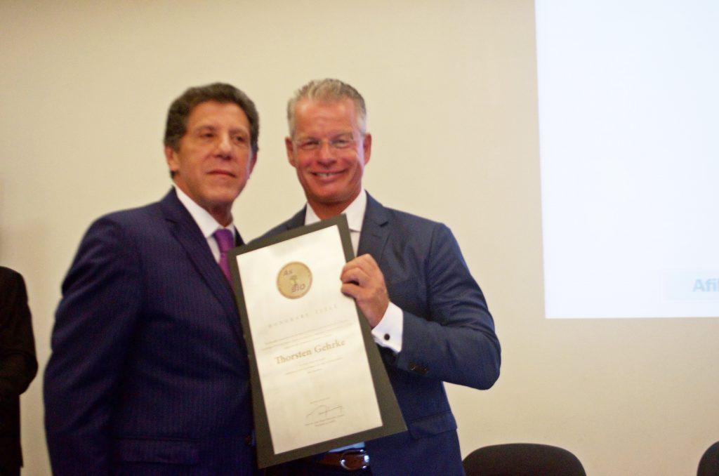 Secretário de Saúde (esq) e o Prof. Thorsten Gehrke
